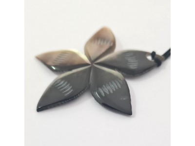 Mother of pearl star pendant